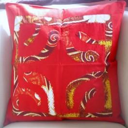 Housse de Coussin Carré 40cm Croix marquisienne Rouge fond Jaune d'or rouge