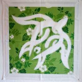Tifaifai Carre 60cm Tortue Blanc fond Vert
