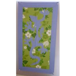 Tifaifai rectangle 40-70cm Lézard Bleu ciel fond Vert