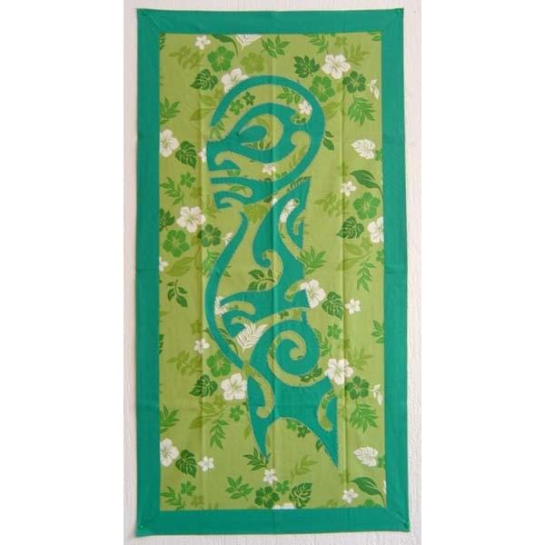 tifaifai rectangle 60 110cm tiki vert meraude sur fond vert imprim hibiscus et feuillages vert. Black Bedroom Furniture Sets. Home Design Ideas