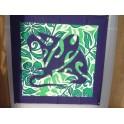 Tifaifai Carre 50cm Raie Bleu marine fond Vert foncé et blanc