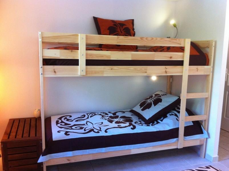 tifaifai sur mesure chambre d'hôte en Provence enfants lits superposés