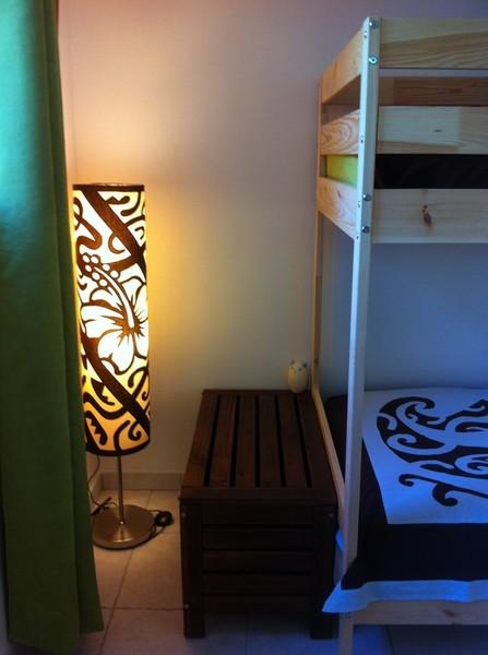 tifaifai sur mesure chambre d'hôte en Provence enfants lampe