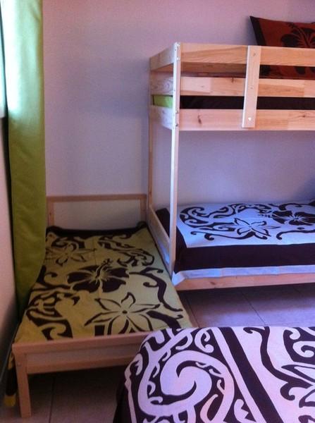 tifaifai sur mesure chambre d'hôte en Provence enfants lit